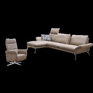 K+W Polstermöbel Wohnlandschaft Cameo 7260 mit einer hochwertigen verchromten Blitzfußausführung und einem einzigartigen Echtlederbezug Bronco in der Farbe smoke 86