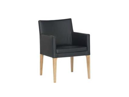 DKK Klose Sessel 45 mit Armlehnen und Mikrotaschenfederkern im Sitz für Wohn- oder Esszimmer gegen Aufpreis auch mit Schwingrücken Holzart und Bezug wählbar