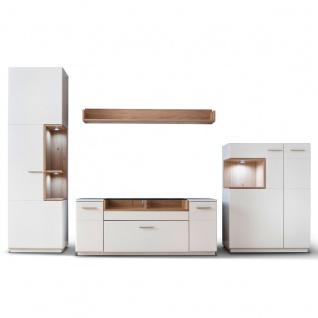 MCA furniture Cesina 4-teilige Wohnwand 1 Front weiß matt lackiert Korpus außen weiß matt lackiert Korpus innen weiß matt Nachbildung Absetzungen Asteiche furniert geölt Art. Nr. CES35W01 Wohnkombination für Ihr Wohnzimmer oder Gästezimmer