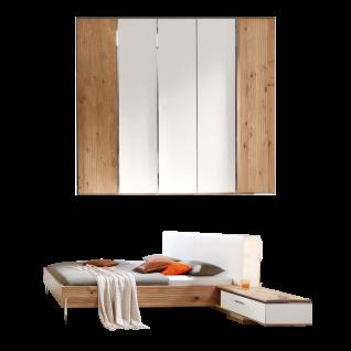 Thielemeyer Loft 4-teiliges Schlafzimmer Ausführung Eiche Massivholz in Korpus und Front mit Absetzungen Colorglas weiß Komfort-Liegenbett mit Polsterkopfteil in Echtleder weiß Liegefläche ca. 180 x 200 cm mit 5-türigem Drehtürenschrank und 2 Hängekonsole