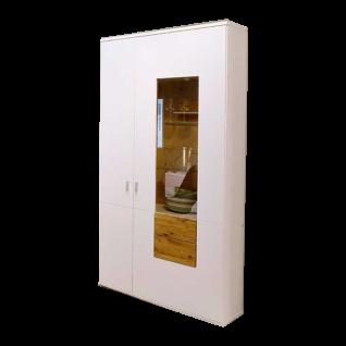MCA Furniture Kansas KAN1BT12 Kombi-Vitrine für Ihr Wohnzimmer Front Weiß matt lackiert Korpus außen Weiß matt lackiert innen Weiß Melamin Nachbildung Frontabsetzung und Paneel Wildeiche Massivholz Oberfläche geölt