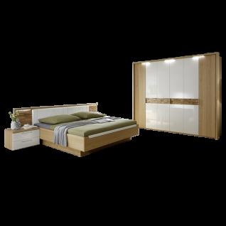 Disselkamp Cesan Schlafzimmer Drehtürenkleiderschrank Doppelbett zwei Nachtkonsolen Korpus Wildeiche Echtholzfurnier Absetzung Weiß Hochglanz mit Spaltholzeinlage