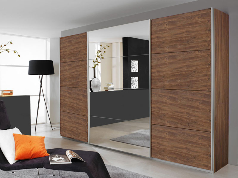 rauch packs quadra kleiderschrank m bel schwebet renschrank schrank 4x spiegel dekor w hlbar. Black Bedroom Furniture Sets. Home Design Ideas