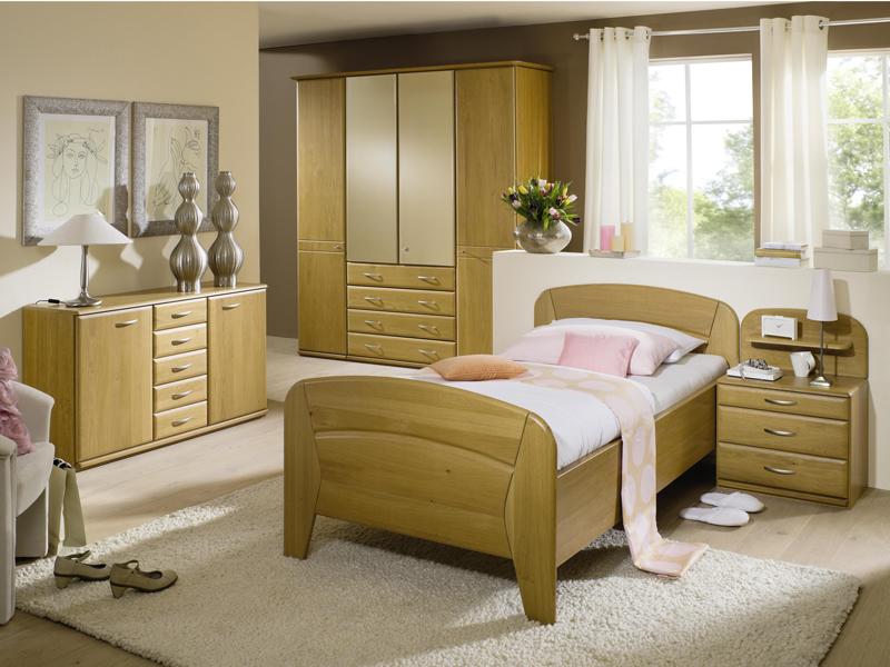 bett mit nachttisch interesting bett nachttisch neuwertig kopfteil in neustadt with bett mit. Black Bedroom Furniture Sets. Home Design Ideas