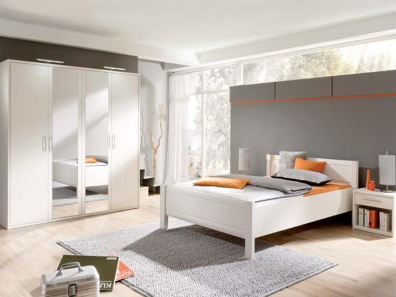 Priess Objekträume Schlafzimmer Bett 4-türiger Kleiderschrank mit ...