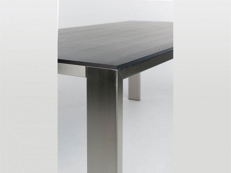 bert plantagie tisch edge quadratischer esstisch vierfu tisch f r esszimmer. Black Bedroom Furniture Sets. Home Design Ideas