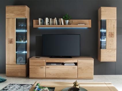 MCA furniture Wohnwand Bologna Wohnkombination 2, 4-teilig, bestehend aus Vitrine, TV-Element, Hängeelement und Wandboard, Front aus Massivholz Eiche Bianco mit Hirnholz Applikationen, Beleuchtung wählbar