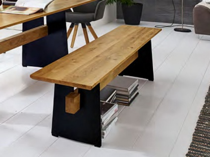 Niehoff Merlot Design Bank 2588 mit Trapez-Plattenprofil oder 2598 mit Sitzplattenprofil Facette Sitzplatte und Holzsteg Massivholz Wangengestell Eisen schwarz Holzausführung und Banklänge wählbar