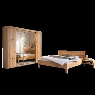 Thielemeyer Pura 4-teiliges Schlafzimmer Front und Korpus Ausführung Naturbuche Massivholz bestehend aus Komfort-Liegenbett mit Holzkopfteil Liegefläche ca. 180 x 200 cm 5-türigem Drehtürenschrank mit 3 Spiegeltüren und 2 Anstellkonsolen optional mit LED-