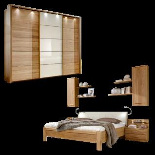 Wiemann Toledo Schlafzimmerset mit Futonbett mit Polsterkopfteil Schwebetürenschrank und Beimöbel in Ausführung Eiche Teilmassiv und Glas Weiß