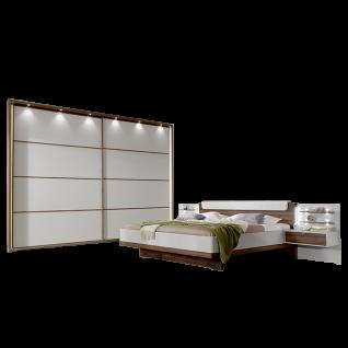 Wiemann Catania V.i.P. Schlafzimmerset mit Schwebetürenschrank Futonbett mit Winkelpolster für Kopfteil 2 Nachtschränke Beleuchtung wählbar