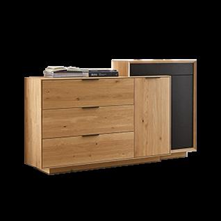 Wöstmann WM2010 Sideboard-Kombination in Wildeiche Massivholz mit Mattglasakzenten carbonfarbig bestehend aus Sideboard 2953 und Aufsatzelement 2734