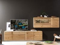 Wöstmann Durban Wohnwand Kombination 0002 zweiteilige Wohnkombination in europäischer Wildeiche Massivholz soft gebürstet für Wohnzimmer Beleuchtung wählbar