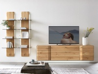 Wöstmann Durban Wohnwand Kombination 0001 in europäischer Wildeiche Massivholz soft gebürstet für Wohnzimmer Kombination 0001 3-teilig Beleuchtung wählbar