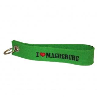 Filz-Schlüsselanhänger mit Stick I love Magdeburg Gr. ca. 17x3cm 14322 grün