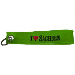 Filz-Schlüsselanhänger mit Stick - I love Sachsen - Gr. ca. 17x3cm - 14230 - grün