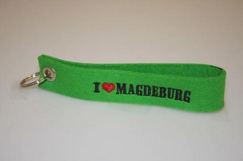 Filz-Schlüsselanhänger mit Stick - I love Magdeburg - Gr. ca. 17x3cm - 14322
