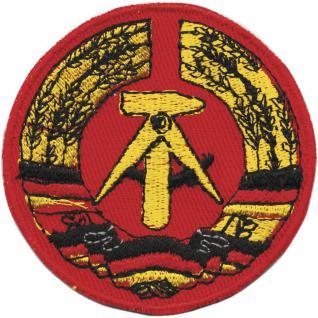 AUFNÄHER - DDR Wappen - Emblem - 04379 - Gr. ca. 9, 5 x 6, 5 cm - rot