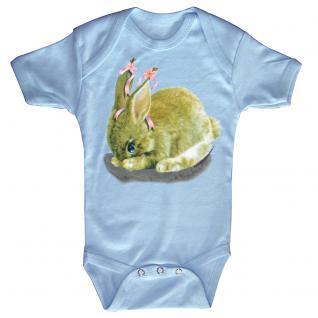 Baby-Body mit Druckmotiv Hase in 4 Farben und 4 Größen B12778 hellblau / 0-6 Monate