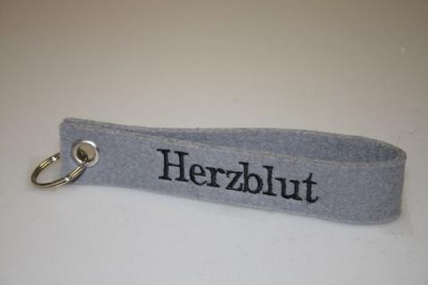 Filz-Schlüsselanhänger mit Stick - Herzblut - Gr. ca. 17x3cm - 14283