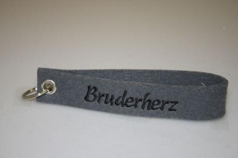 Filz-Schlüsselanhänger mit Stick - Bruderherz - Gr. ca. 17x3cm - 14281