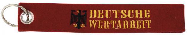 Filz-Schlüsselanhänger mit Stick DEUTSCHE WERTARBEIT Gr. ca. 17x3cm 14133 Keyholder rot