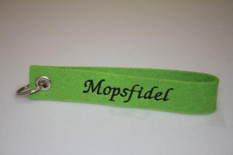 Filz-Schlüsselanhänger mit Stick - Mopsfidel - Gr. ca. 17x3cm - 14272