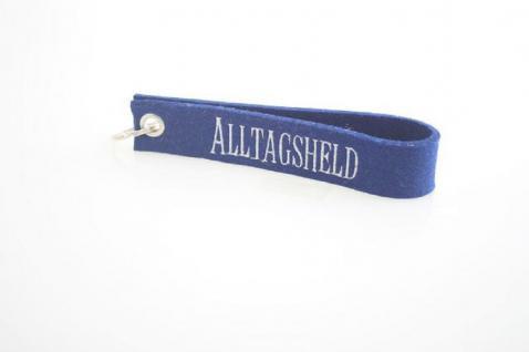 Filz-Schlüsselanhänger mit Stick Alltgagsheld Gr. ca. 17x3cm 14257 blau