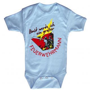 Babystrampler mit Print ? Bald werde ich ein großer Feuerwehrmann - 08487 hellblau Gr. 18-24 Monate