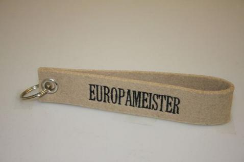 Filz-Schlüsselanhänger mit Stick - Europameister - Gr. ca. 17x3cm - 14252