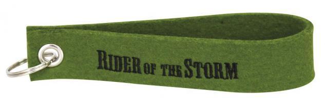 Filz-Schlüsselanhänger mit Stick Rider of the Storm Gr. ca. 17x3cm 14223 grün