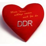 Herzkissen mit Einstickung - Mein Herz schlägt immer noch für die DDR - Gr. ca. 36cm x 36cm x 17cm - 11421 rot