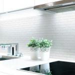 Küchenrückwand Ziegelwand Weiß Premium Hart-PVC 0, 4 mm selbstklebend - Direkt auf die Fliesen