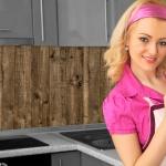 Küchenrückwand < Bretterwand Dunkel > Premium Hart-PVC 0, 4 mm selbstklebend - Direkt auf die Fliesen