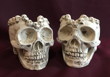 2x Totenkopf Natur 10x7 Skull Gothic Fantasy Figur Totenkopf Aschenbecher Deko