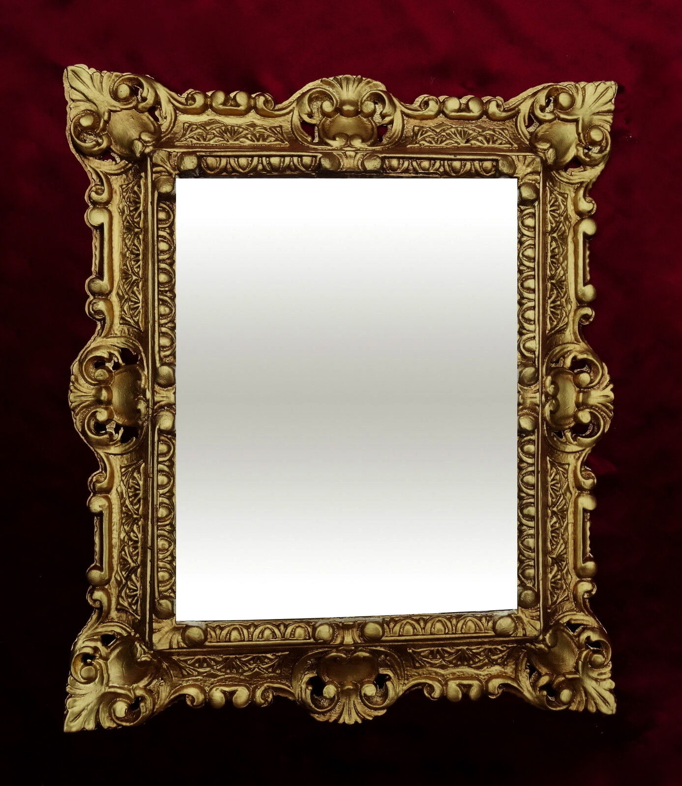 bilderrahmen barock gold rechteckig 45x37 foto spiegelrahmen gem lderahmen kaufen bei pintici. Black Bedroom Furniture Sets. Home Design Ideas