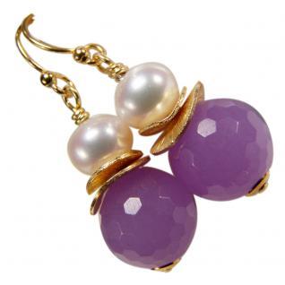 Ohrhänger mit Jade violett, Süßwasserperle und Silber vergoldet. Schwarz