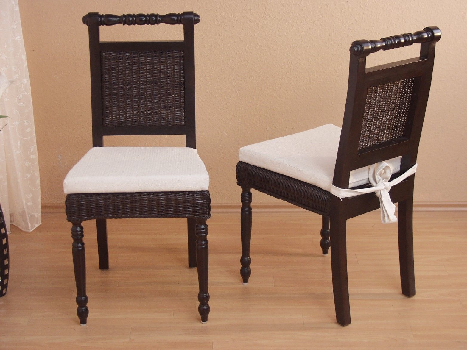 Esszimmerstühle modern braun  2 x Rattanstühle braun massivholz inkl. Kissen Esszimmerstühle ...