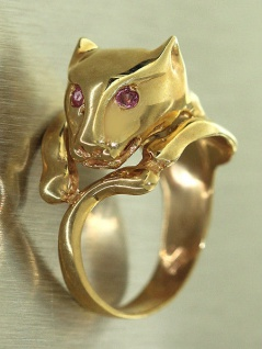 Pantherkopf Ring Gold 585 mit Rubin massiver Panther Damenring 14 Karat