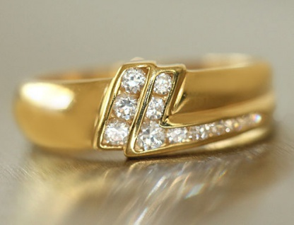Traumhafter Goldring 750 mit Zirkonias - Designerring - Ring echt Gold 18 kt