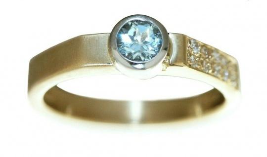 Goldring 585 massiv Brillanten 0, 12 ct. u Blautopas Ring Gold 14 Kt. Diamantring