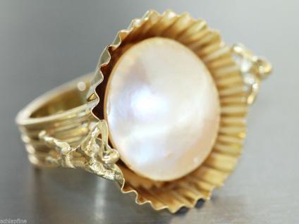 Goldschmiedearbeit - Ring in 14 kt Gold (585/000) mit 1 Mabeperle - Halbperle