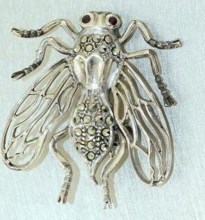 Brosche Silber 925 Fliege mit Markasit u. Rubin alte Silberbrosche