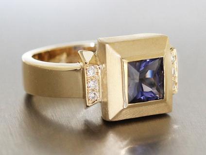Exclusiver Ring Gold 585 m Brillanten + Iolith - Goldring Brillantring Damenring
