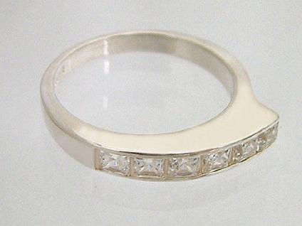 Perfekter Silberring 925 und Zirkonia Karrees zum Superpreis Ring Sterlingsilber