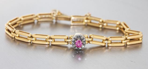 Massives Armband Gold 585 mit Rubin und Diamantrauten Goldarmband um 1900
