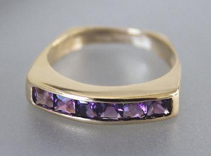 Goldring 585 mit Amethysten Ring Gold 14 kt mit Amethyst Carrees Damenring