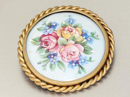 Antike Brosche mit Porzellanmalerei, Blumenmotive, Limoges - France