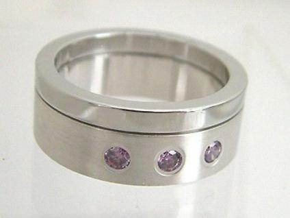 Breiter Edelstahlring mit lila Zirkonias massiver Bandring Edelstahl Ring