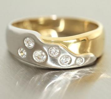 Goldring in Zweifarbengold 750 - Ring mit Zirkonias echt Gold 18 kt - Damenring